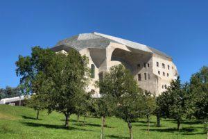 Visite du Goetheanum de Dorneval en Suisse allemande