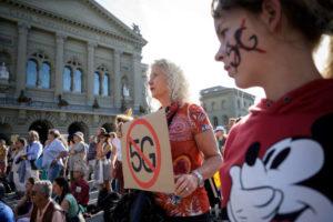 Bonne nouvelle,  Téléphonie mobile: la Suisse freine le déploiement de la 5G